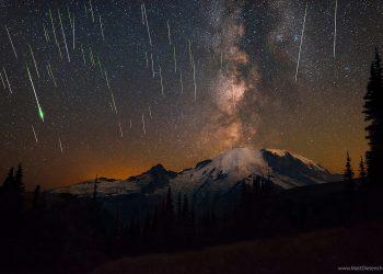 mt-rainier-perseid-meteor-matt-dieterich-0