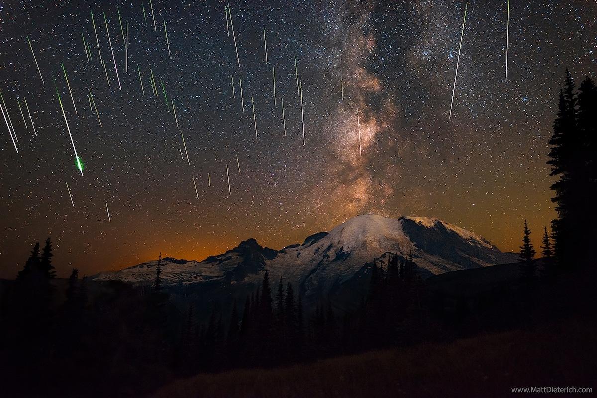 Matt Dieterich capture une pluie d'étoiles filantes   Lense