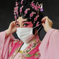 Queenie_Cheen_CANTONESE_OPERA_EyesOfTheWorld_VivoX50Pro_CHINA-1152x1536