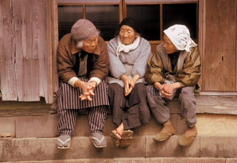 Vanishing-Asia-travel-photobook-Kelly-petapixel-16-800x549