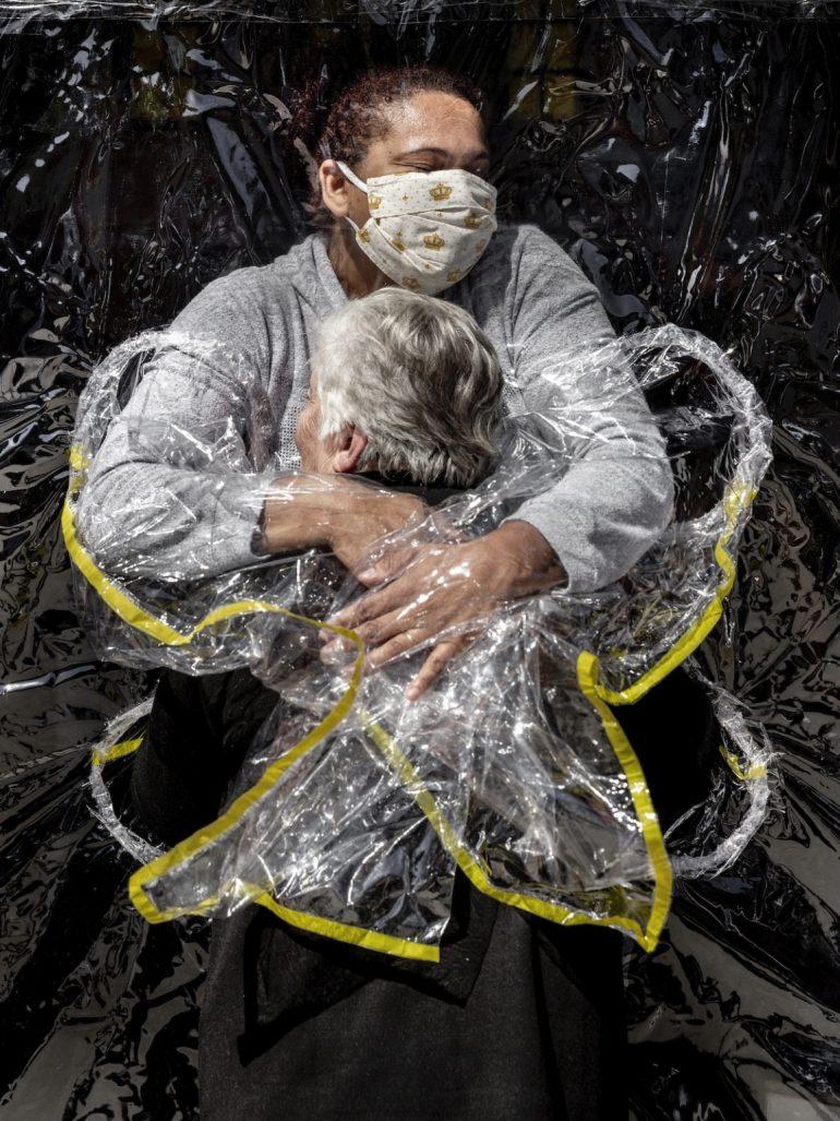 World-Press-Photo-Winners-2021-031-Mads-Nissen-Politiken-Panos-Pictures-1152x1536