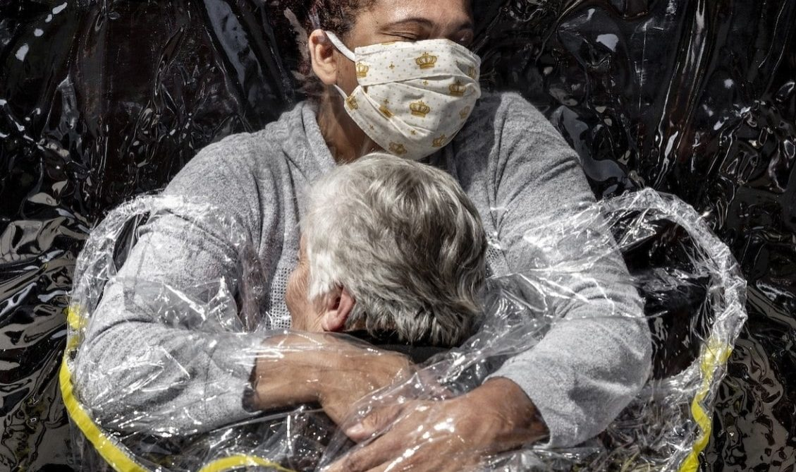 World-Press-Photo-Winners-2021-031-Mads-Nissen-Politiken-Panos-Pictures-1152x1536 (2)