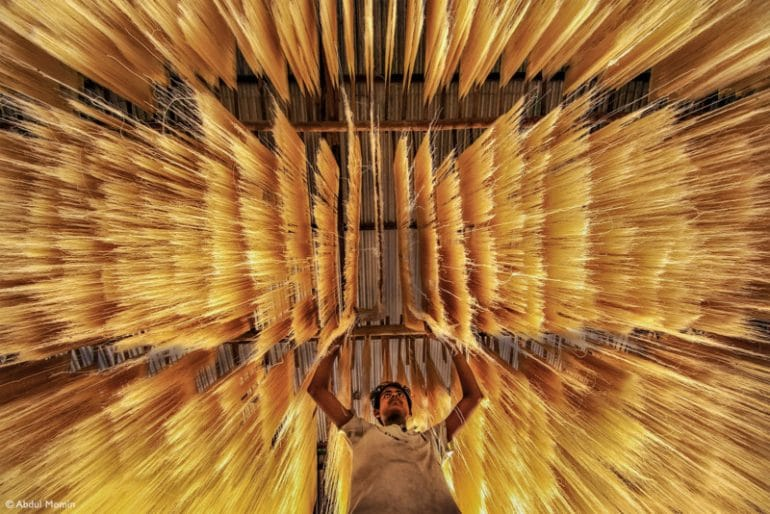 16.-Fujifilm-Award-for-Innovation-Abdul-Momin-Making-Rice-Noodles-Hi-Res-800x534