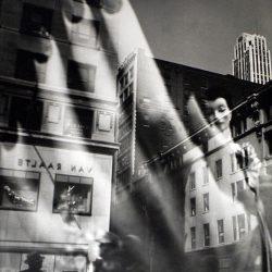 14_Lisette Model, Reflections, New York, 1939-1945