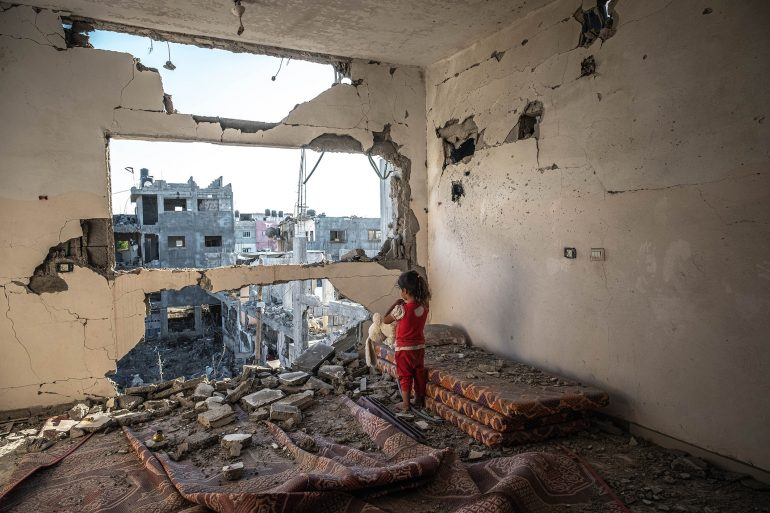 Gaza Residents Clean Up As Ceasefire Holds