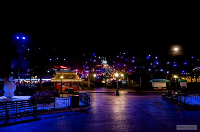 Disneyland Paris - Winter Night