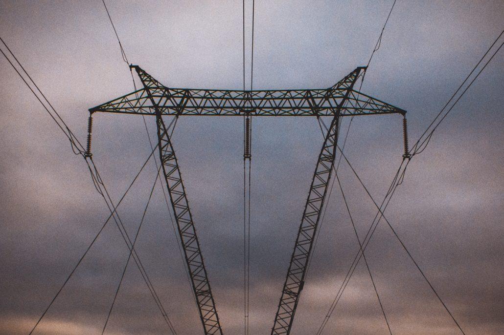 les lignes d'électricité