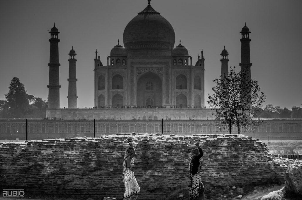 A l'ombre du Taj