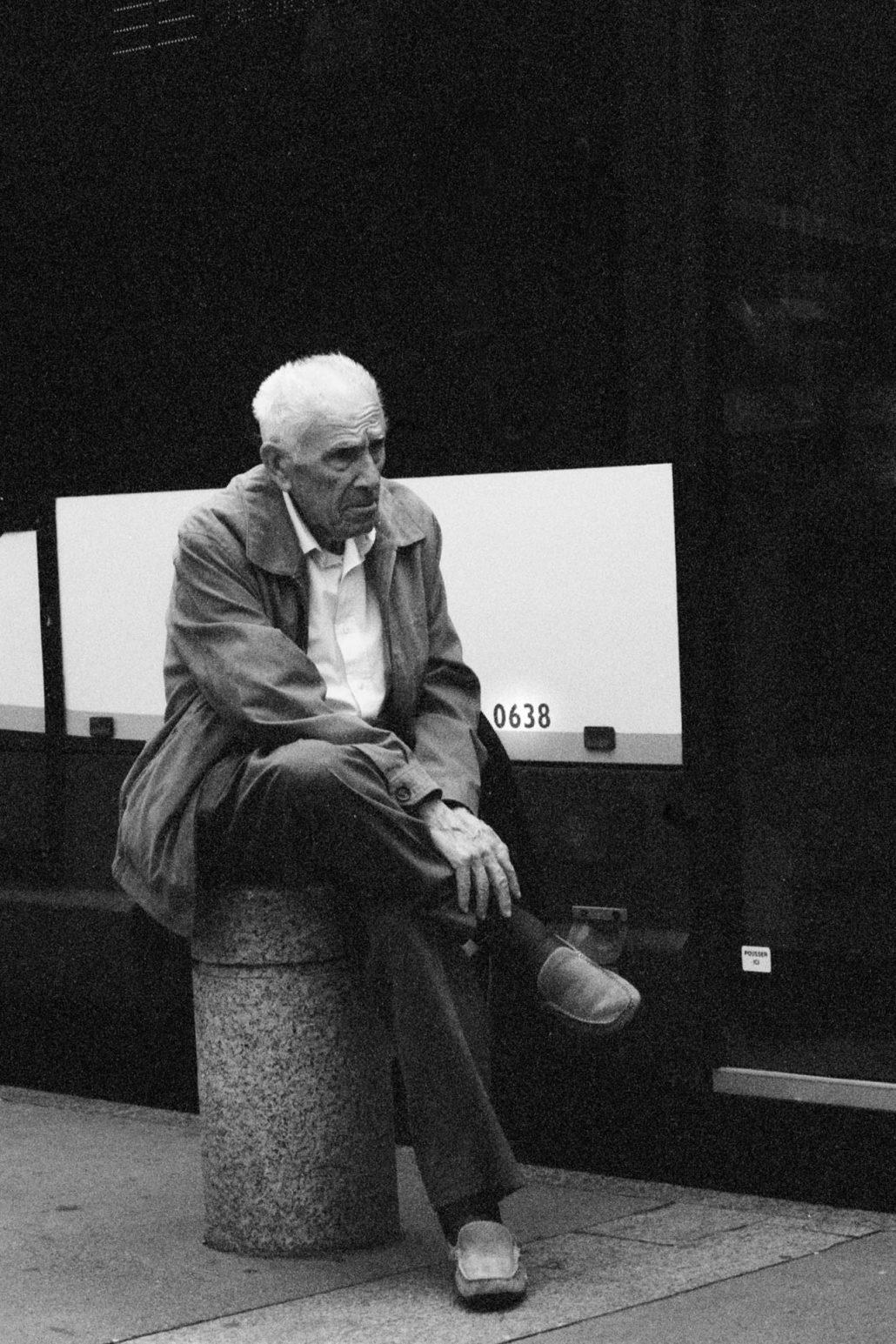 L'homme du bus.
