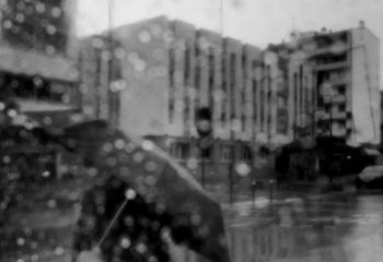 sous la pluie -2