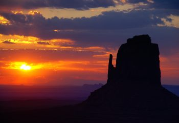 Monument Valley - Sunset