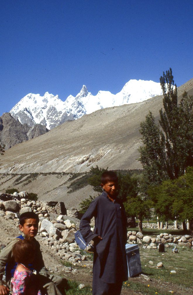 Enfants de Hunza