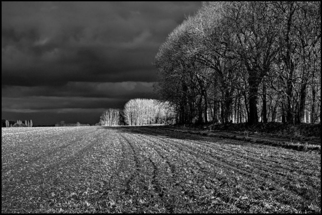 orage sur plaine