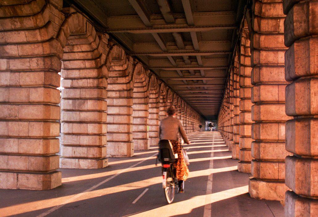 Sur le pont de Bercy