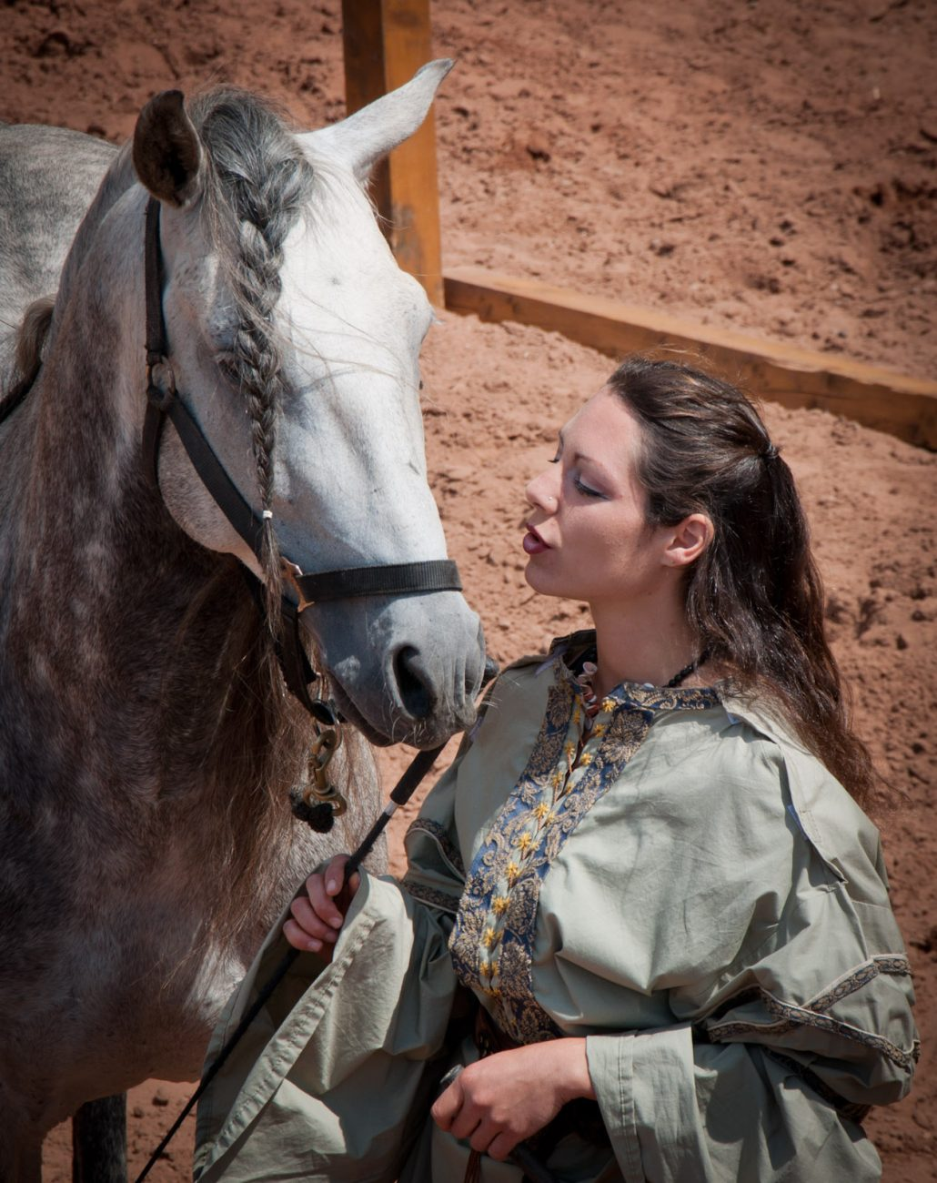 murmurer a l'oreille des chevaux