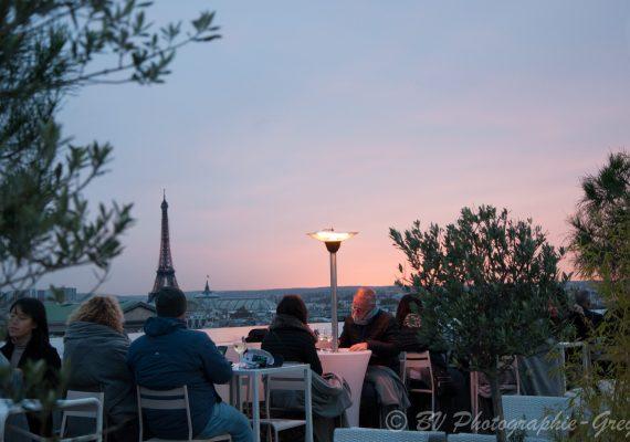 Déténte à Paris
