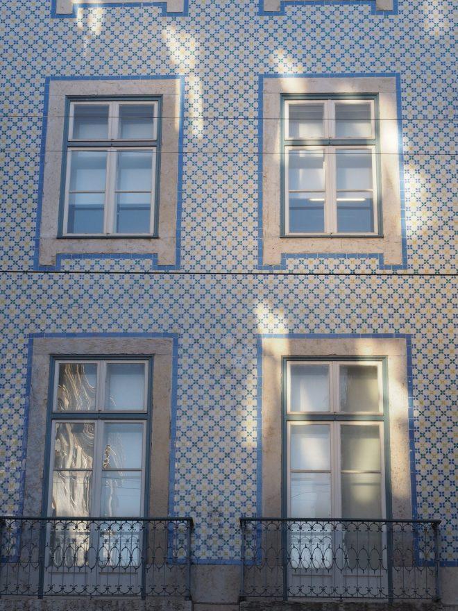 Fenêtres  sur Lisbonne