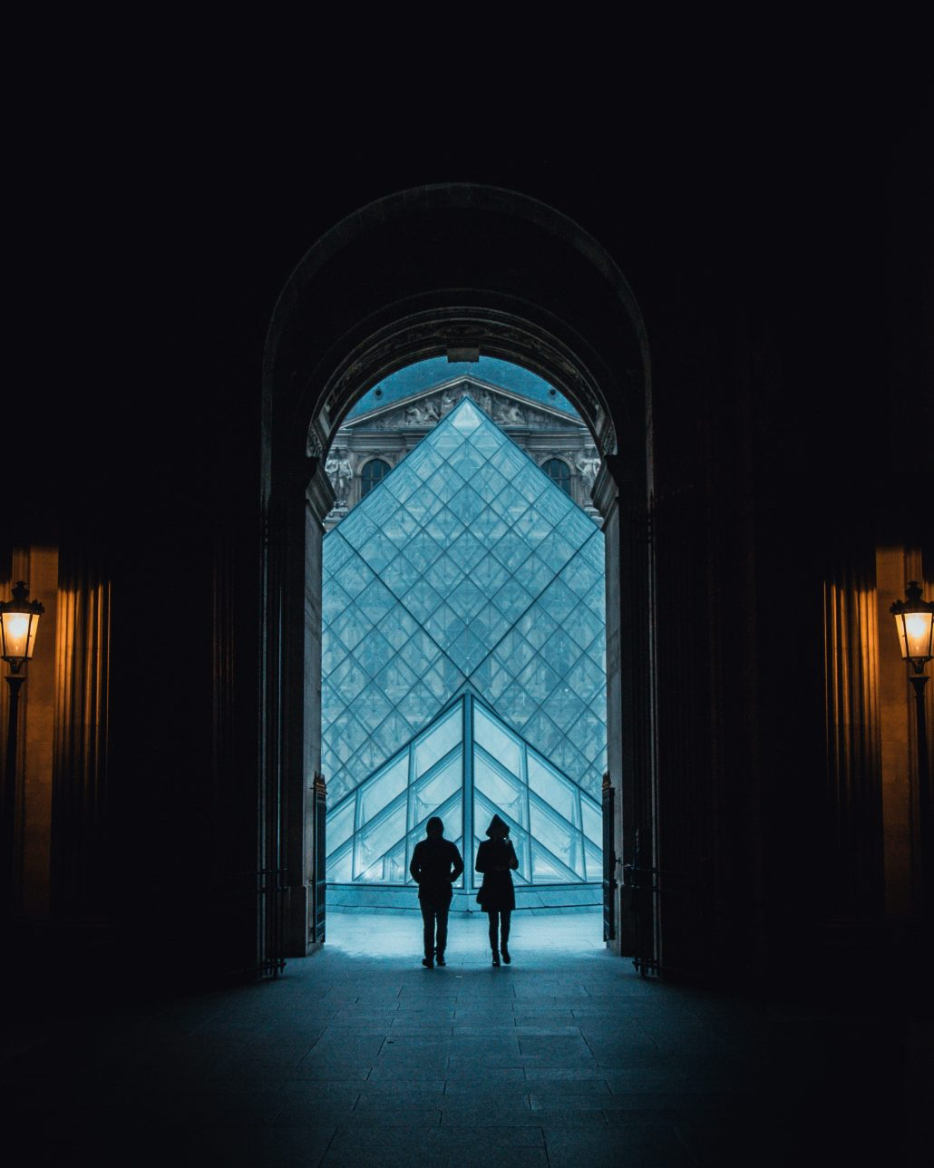 Un couple à Paris