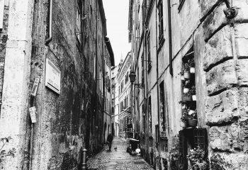 Una strada a Roma