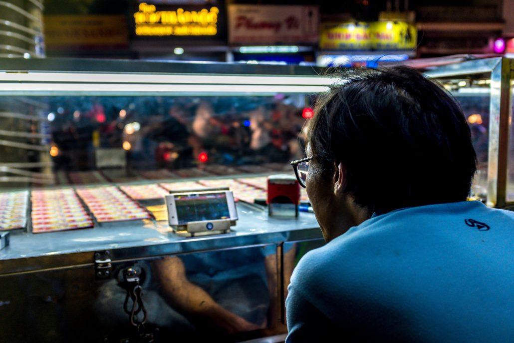 Ninh, The Ticket Seller