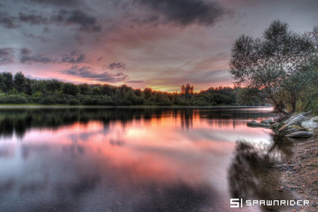 Couché de soleil sur la Dordogne