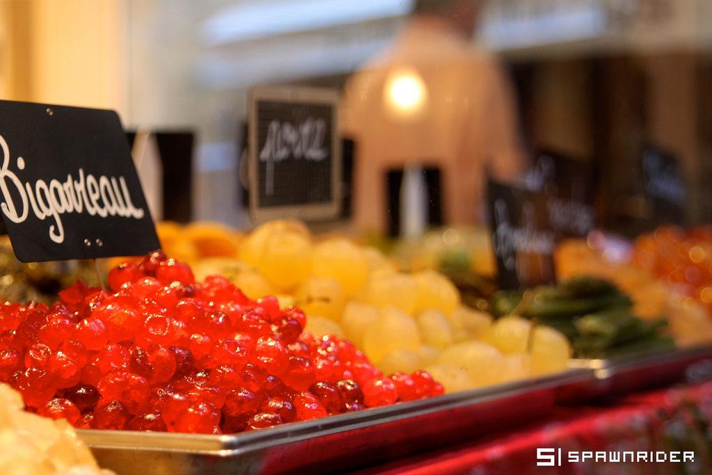 Etalage de fruits confits