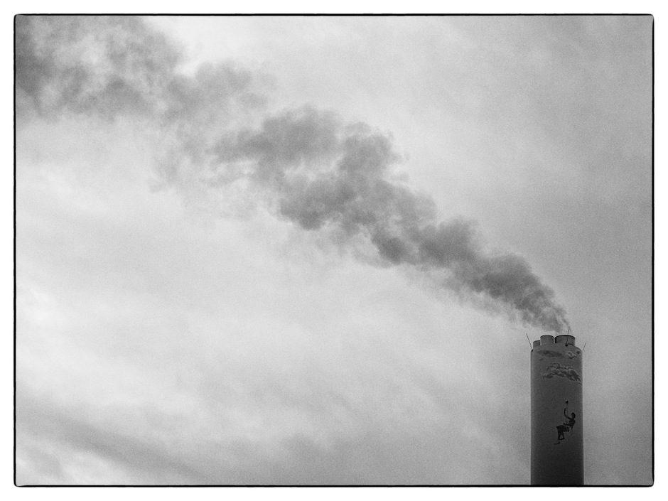 poesie sur cheminée d'usine
