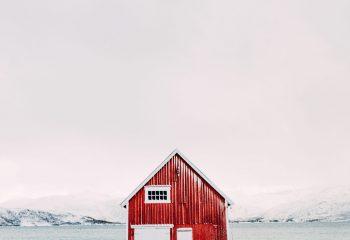 C'est une maison rouge