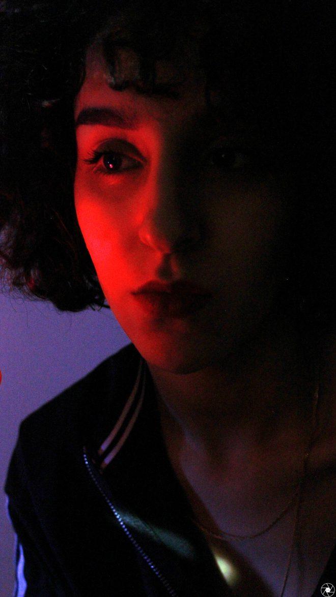 Imane et jeux de lumières