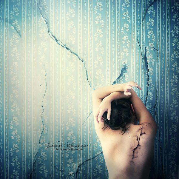 Inner cracks
