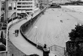 Biarritz, descente à la plage