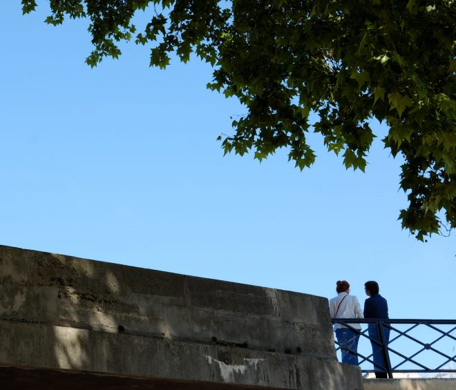 Deux sur un pont