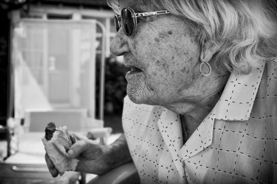 La vielle dame à la merguez