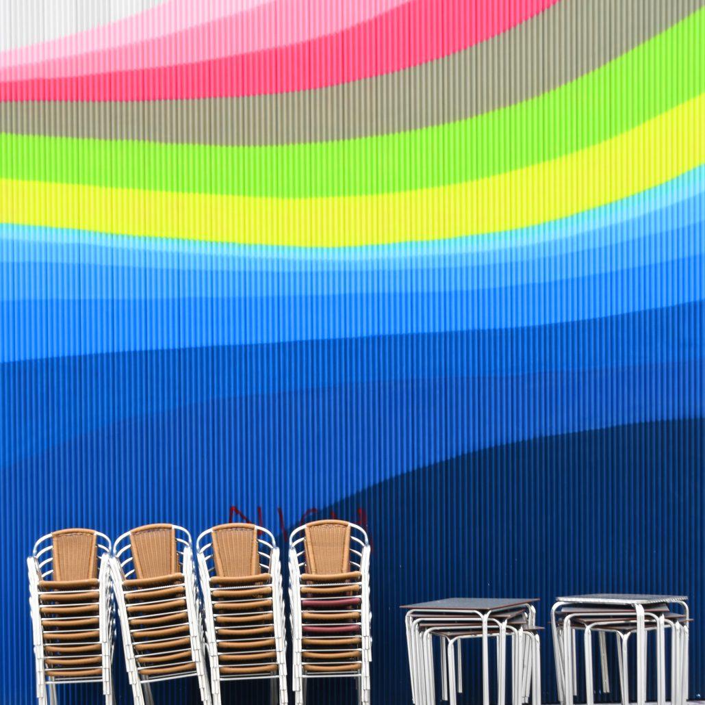 J'aime la couleur «Les chaises»