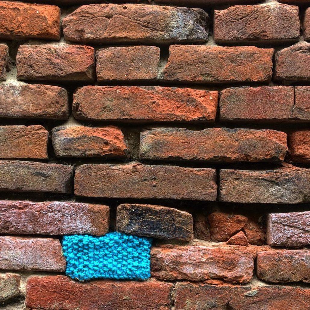 Un the Wall