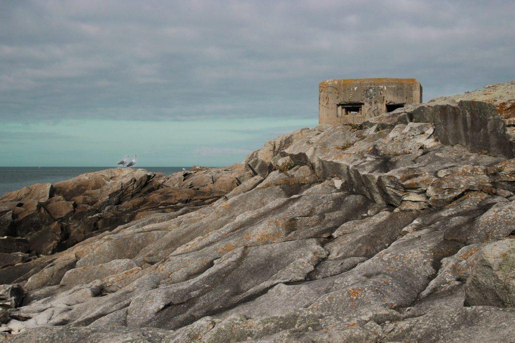 Rock around the bunker