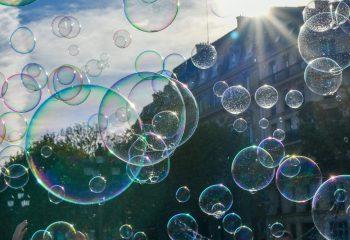 ;;;;comme une bulle de savon
