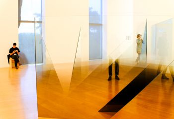 Immersion in a contemporary space