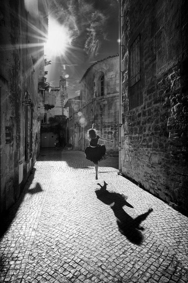 danse son ombre