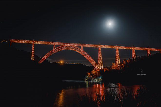 Red Light Bridge