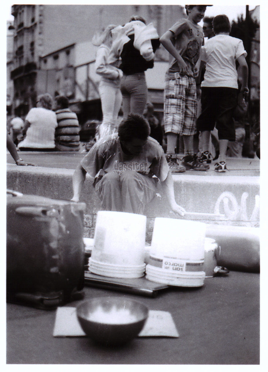 Analog: Street drummer