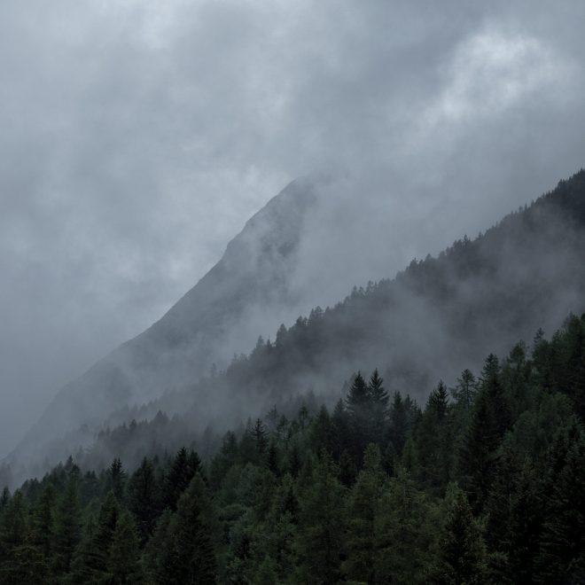 Entre les nuages