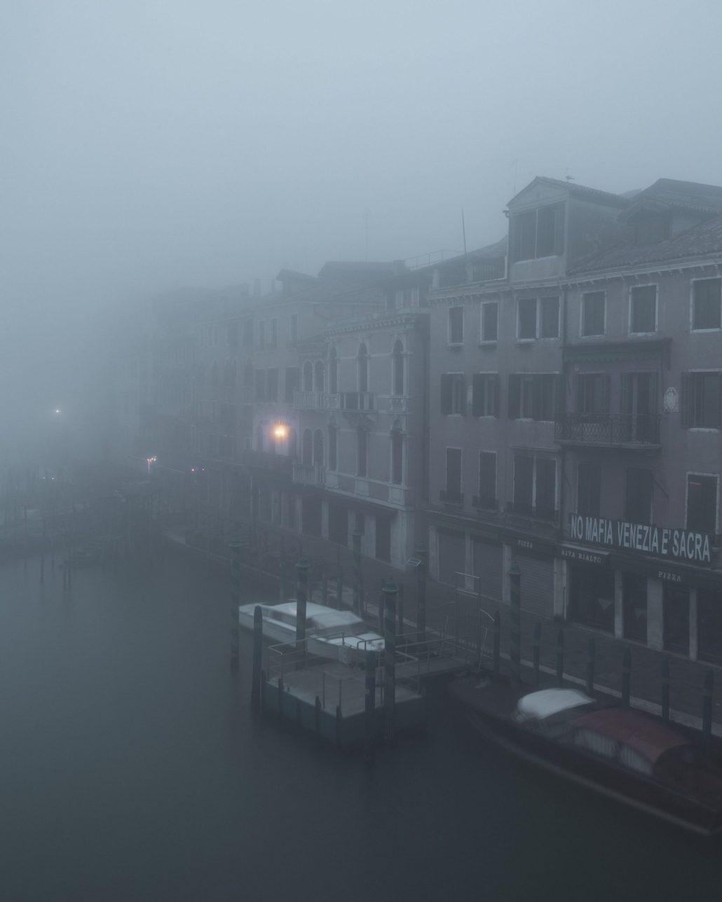 Dans la brume…