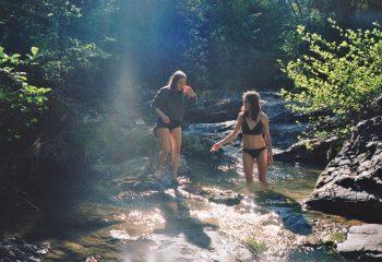 soleils dans l'eau froide