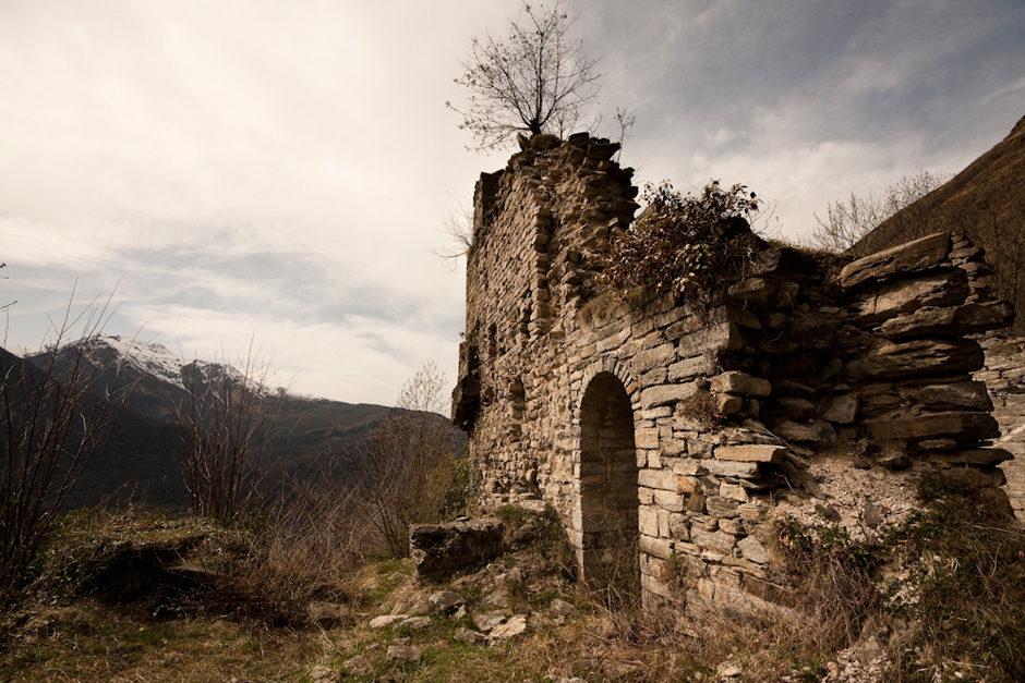 Ruines du prieuré de St Orens