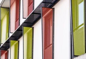 Facade multicolore