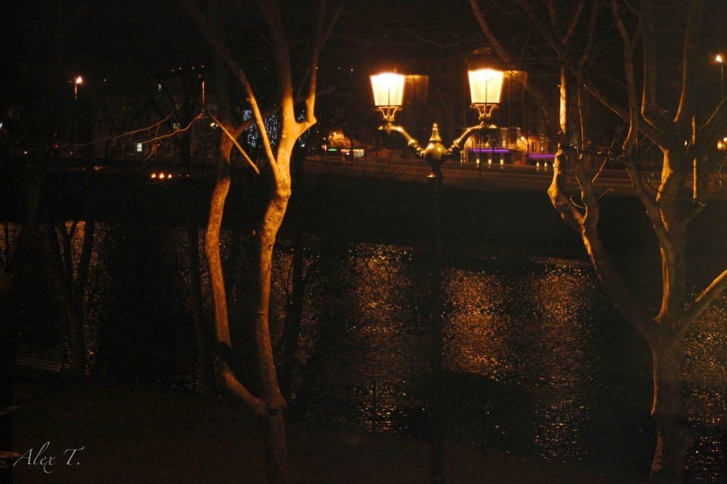 Une nuit au bord de l'eau