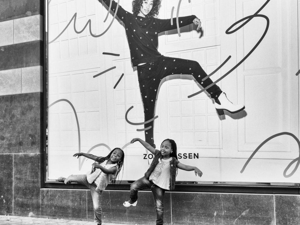 #Children- Dansing like…