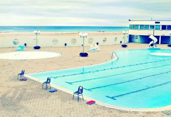 swimmingpool on beach