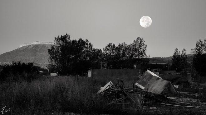Lunar landfill